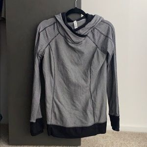 Lululemon pullover hoodie size 8
